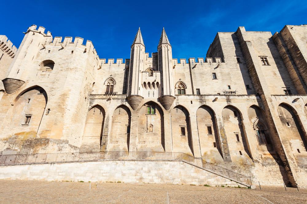 Découvrir Avignon: une ville, un symbole
