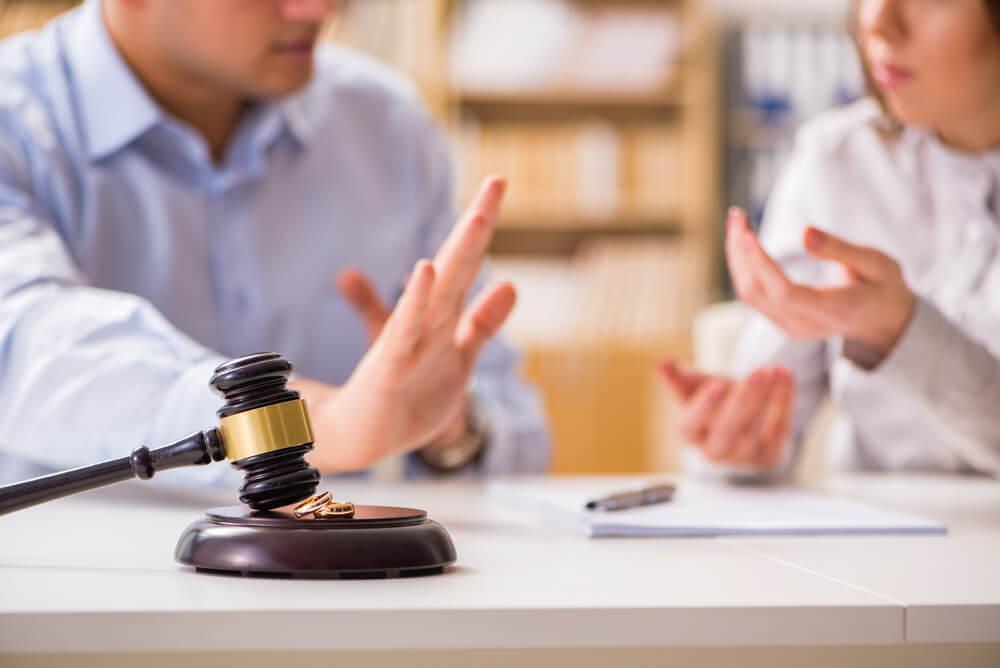 Loyers impayés: faire appel à un avocat