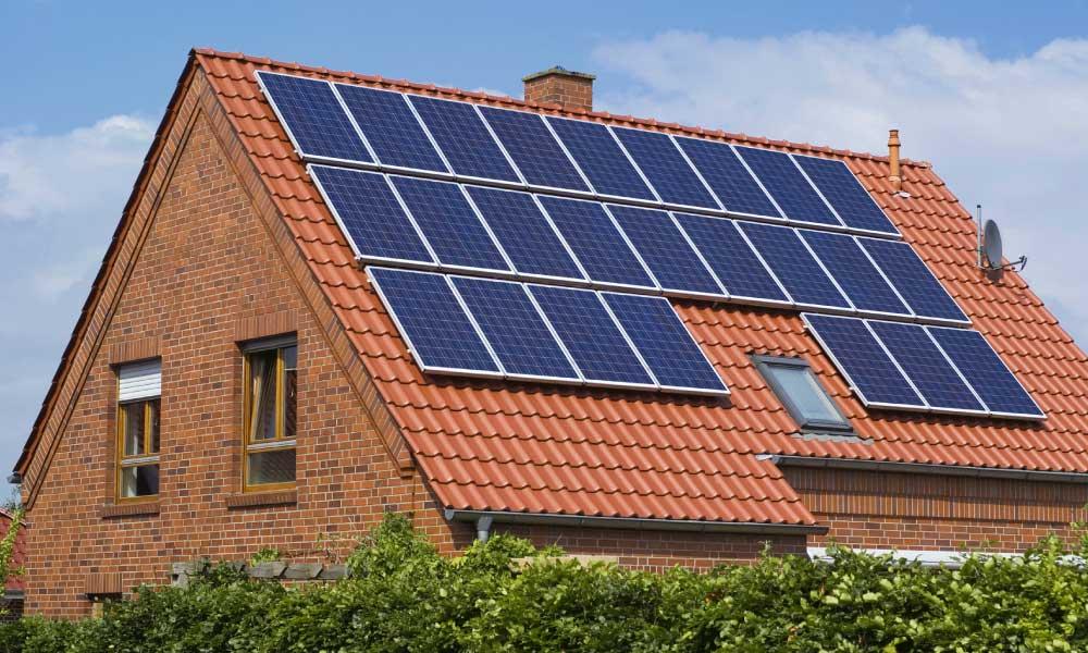 Les bons plans pour investir dans des panneaux solaires pour votre maison