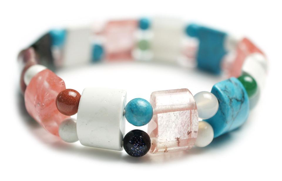 Lithothérapie : les raisons de porter un bracelet en pierre
